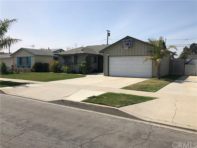 1863 Pattiz Av, Long Beach, CA 90815 Photo 2