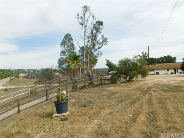 37075 Glenoaks Rd, Temecula, CA 92592 Photo 21