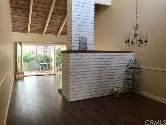 24 Redwood Tree Lane , CA 92612 is listed for sale as MLS Listing OC18259440
