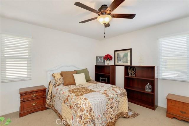 9363 Bistro Place, Rancho Cucamonga CA: http://media.crmls.org/medias/747d7931-899b-46e3-a170-98ed8ed5d2d3.jpg