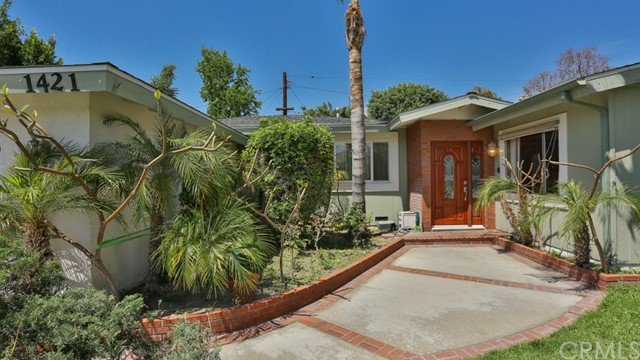1421 W Apollo Av, Anaheim, CA 92802 Photo 2
