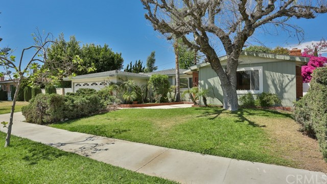 1421 W Apollo Av, Anaheim, CA 92802 Photo 1