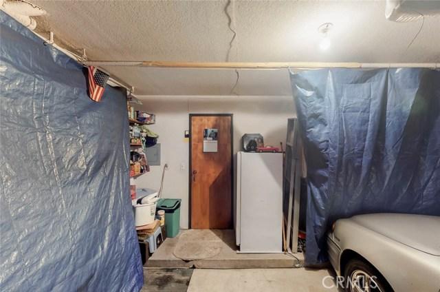 519 E Hazel Street, Inglewood CA: http://media.crmls.org/medias/749a31ae-0b0d-4d6e-a927-e27dedd06131.jpg