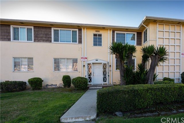 4054 Abourne Rd B, Park Hills Heights, CA 90008