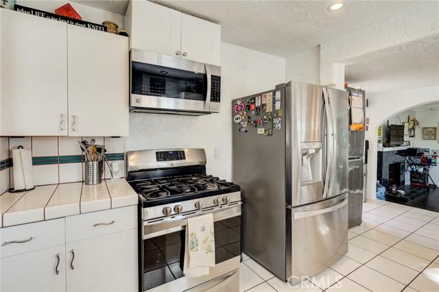 4724 W 161st Street, Lawndale CA: http://media.crmls.org/medias/74b196ca-797f-4f62-8631-159ef01ca37e.jpg