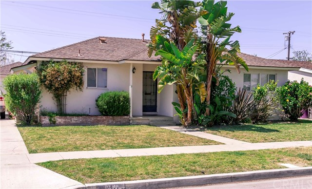 Single Family Home for Sale at 2111 Tevis Avenue Long Beach, California 90815 United States