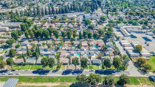 5838 Canobie Avenue, Whittier CA: http://media.crmls.org/medias/74c2d45d-3127-407d-8875-a8d14dc62143.jpg