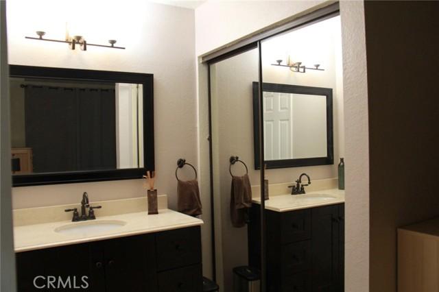 12068 Sylvan, Fountain Valley CA: http://media.crmls.org/medias/74c8d4b9-c752-465f-a461-edc537571757.jpg