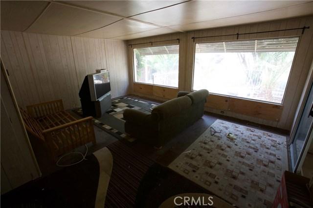 18291 Tereticornis Avenue, Lake Elsinore CA: http://media.crmls.org/medias/74cea881-b51d-4580-be44-dac6bfb7aa38.jpg