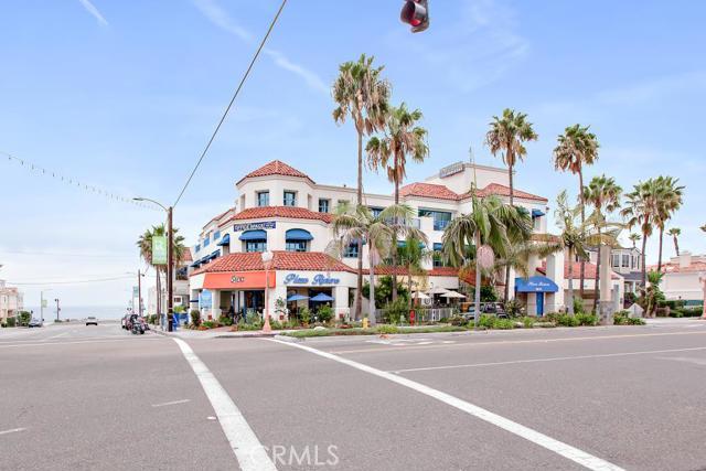 1611 S Catalina Avenue, Redondo Beach CA: http://media.crmls.org/medias/74d9384f-8e4b-4a04-b1d0-ef227b4535b0.jpg