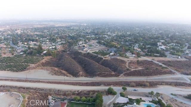 31 W 26th Street, Upland CA: http://media.crmls.org/medias/74e56428-194e-41df-93f8-f97110092694.jpg