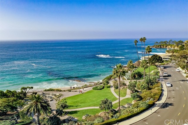 520 Cliff Drive Unit 104 Laguna Beach, CA 92651 - MLS #: LG18211483