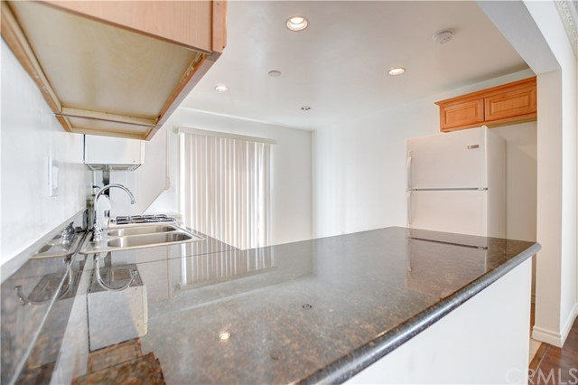 2212 Harriman Ln, Redondo Beach, CA 90278 photo 34