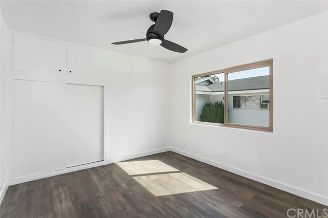 2828 E 6th Street, Long Beach CA: http://media.crmls.org/medias/75172242-8c4f-4311-bdb3-aa7bc01921c1.jpg