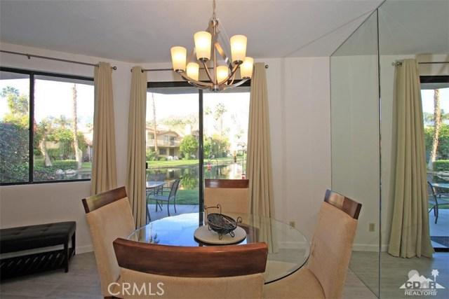 54673 Tanglewood, La Quinta CA: http://media.crmls.org/medias/75180b98-9b1d-4497-81dd-26766fcc1221.jpg
