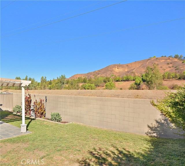 579 Canyon Hill Road, San Dimas CA: http://media.crmls.org/medias/751ae954-09b4-4d4f-a7f7-f97610da00a1.jpg