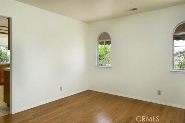 435 Mercedes Lane, Arroyo Grande CA: http://media.crmls.org/medias/7521d944-2edb-4092-a560-cc5097f32b40.jpg