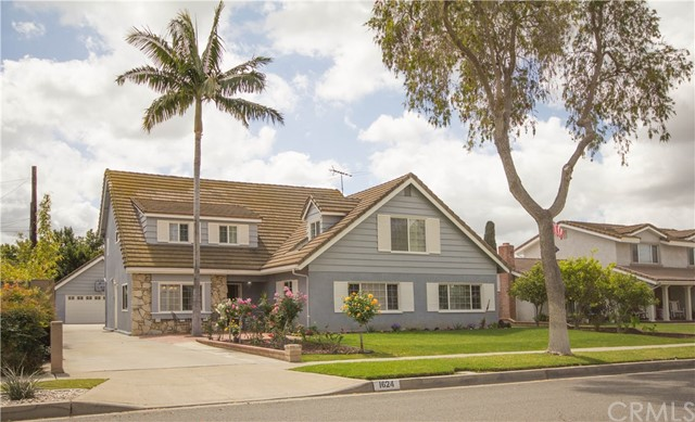 1624 W Chanticleer Road Anaheim, CA 92802 is listed for sale as MLS Listing PW18070993