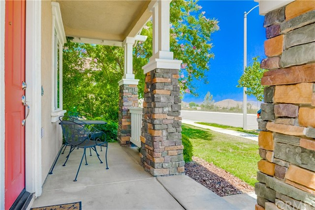 31991 Sugarbush Lane, Lake Elsinore CA: http://media.crmls.org/medias/75285453-ad02-4cb7-b13b-ac0fe04a23ff.jpg