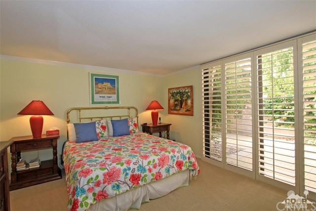 45878 Algonquin Circle, Indian Wells CA: http://media.crmls.org/medias/752ab421-323d-4b8f-8bee-406de8ce920c.jpg