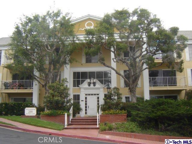 200 McNeil Lane, Newport Beach CA: http://media.crmls.org/medias/7534675c-da5e-4cc3-9303-bf67b0c342e2.jpg