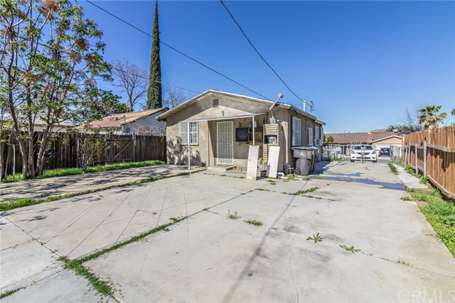4460 Forest Street Riverside, CA 92507 - MLS #: IV18073177