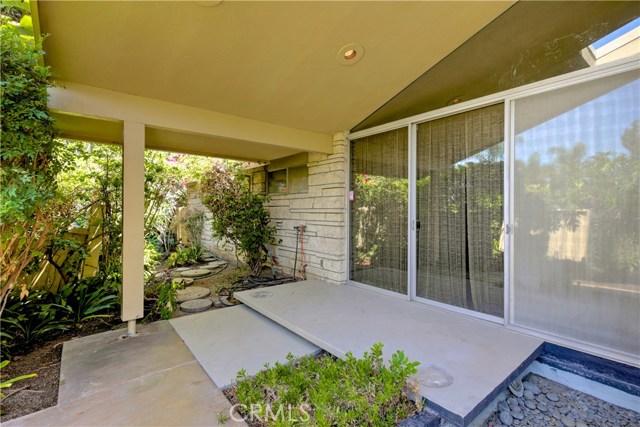 1420 El Mirador Avenue, Long Beach CA: http://media.crmls.org/medias/7537ec5a-e0c6-4724-a3ba-99458504e968.jpg