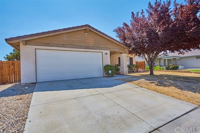 13002 Spelman Drive, Victorville CA: http://media.crmls.org/medias/7538ad60-9794-44dc-bf9c-7d33a17ddf4f.jpg