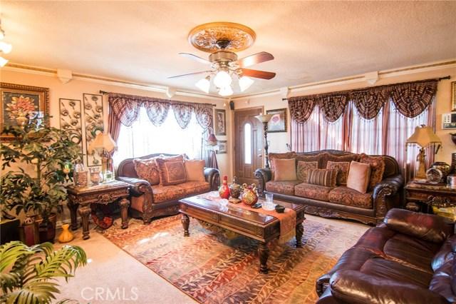 4115 W 161st W Street, Lawndale CA: http://media.crmls.org/medias/7538f693-3f24-4259-890e-486d7e0f155c.jpg