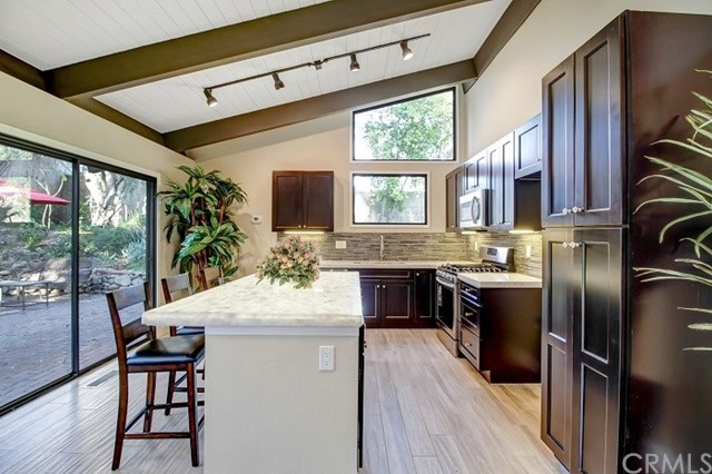 10480 Alta Loma Drive, Rancho Cucamonga, CA, 91737