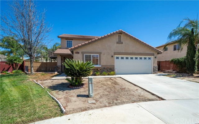 Detail Gallery Image 1 of 1 For 1590 Hickory Wood Ln, Hemet, CA 92545 - 4 Beds | 3 Baths