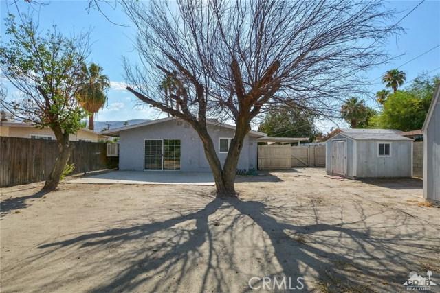 43670 Carmel Cir, Palm Desert CA: http://media.crmls.org/medias/75456249-0e59-4ca0-a633-0b9af62ed6bf.jpg