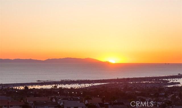 9 Crestwood  Newport Beach CA 92660