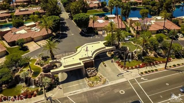 186 Desert Lakes Drive, Rancho Mirage CA: http://media.crmls.org/medias/7550d295-916a-4d7d-8336-de9cae566ee8.jpg
