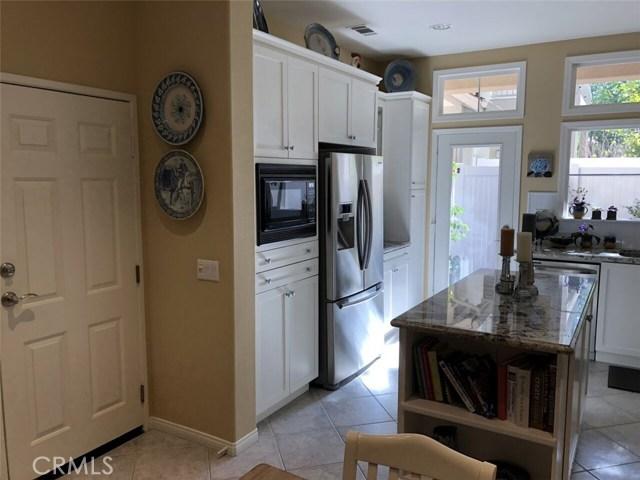 66 Burlingame, Irvine CA: http://media.crmls.org/medias/75560ef8-8bfe-44d0-bd60-3ffecd5547d0.jpg