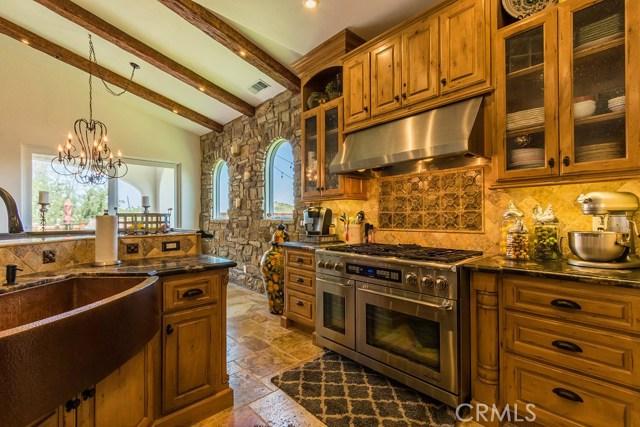3128 Catalina Place, Paso Robles CA: http://media.crmls.org/medias/75621b56-e30c-4e01-8d80-b07da7471969.jpg