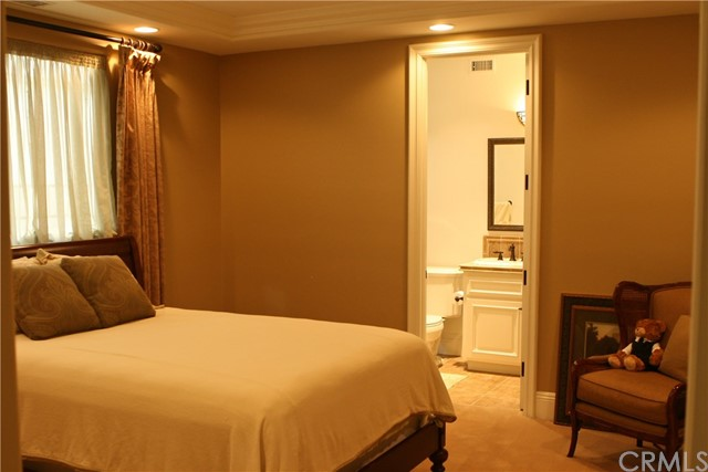 89 Ritz Cove Drive, Dana Point CA: http://media.crmls.org/medias/756ec7f5-5eeb-49d7-951a-1fe6fd1874f4.jpg