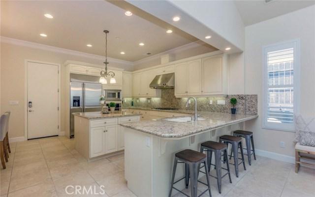 1696 E Dorchester Lane Fresno, CA 93730 - MLS #: FR17205936