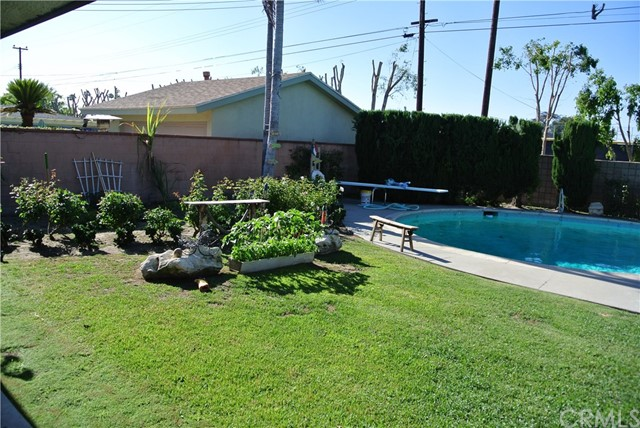 9899 Crestbrook Street Bellflower, CA 90706 - MLS #: RS17150103