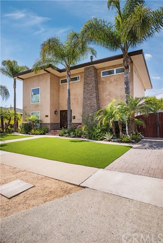 Single Family Home for Sale at 3521 Montair Avenue Long Beach, California 90808 United States