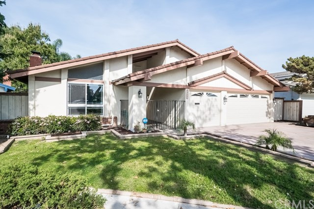Single Family Home for Sale at 2539 Whidby Lane E Anaheim, California 92806 United States