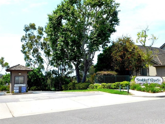 2066 Meadow View Lane, Costa Mesa CA: http://media.crmls.org/medias/75b92346-1f21-46bd-b1d9-e60464333afd.jpg