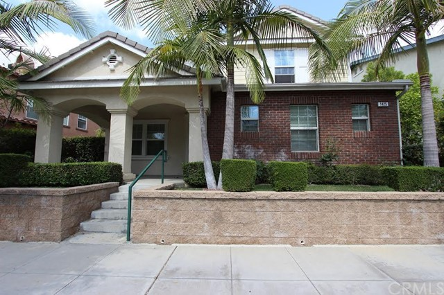 Single Family Home for Sale at 1425 Starbuck St Fullerton, California 92833 United States