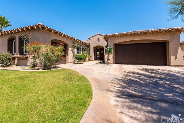 81874 Rancho Santana Drive La Quinta, CA 92253 is listed for sale as MLS Listing 216016708DA