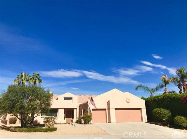 77528 Westbrook Court, Palm Desert CA: http://media.crmls.org/medias/75beaa9d-713c-4912-b04e-f934924ebed4.jpg