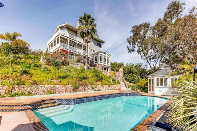 Single Family Home for Sale at 380 Dollimore Road Encinitas, California 92024 United States