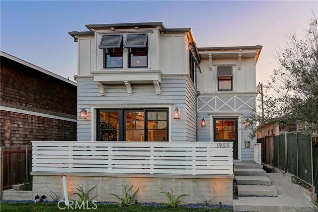 Single Family Home for Sale at 1955 Monterey Boulevard 1955 Monterey Boulevard Hermosa Beach, California 90254 United States