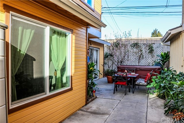 3732 Countryside Ln, Long Beach, CA 90806 Photo 5