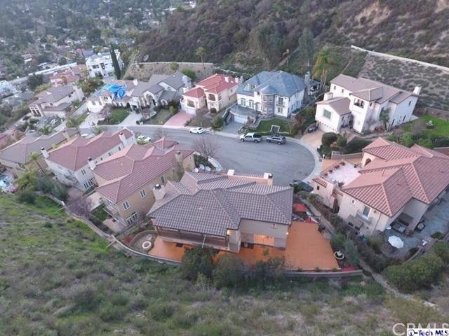 Single Family Home for Sale at 2164 Haven Drive Glendale, California 91208 United States