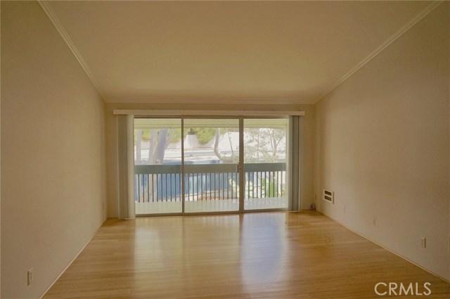 603 S Prospect Avenue, Redondo Beach CA: http://media.crmls.org/medias/75f67021-411b-46ef-95c9-639669890eb4.jpg